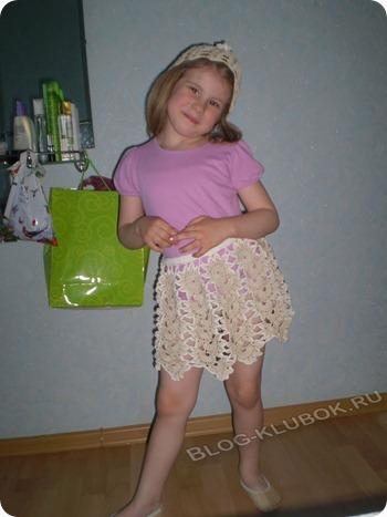 Вязаная детская юбочка крючком