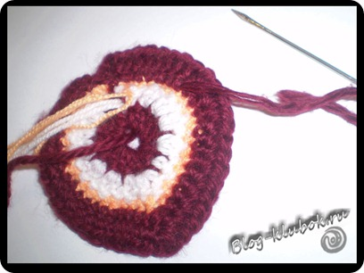 Вязаное сердечко крючком-11